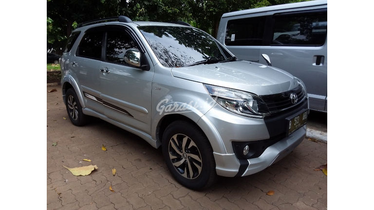 Jual Mobil Bekas 2015 Toyota Rush Trd Sportivo Jakarta Pusat 00ew229