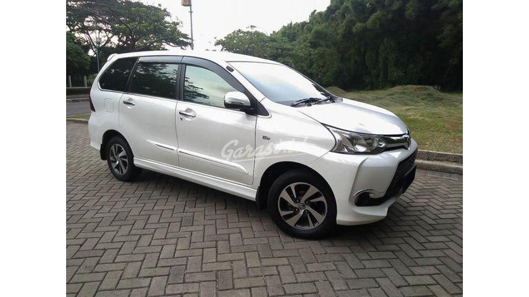 2016 Toyota Avanza Veloz 1.5 - Mobil Pilihan (preview-0)