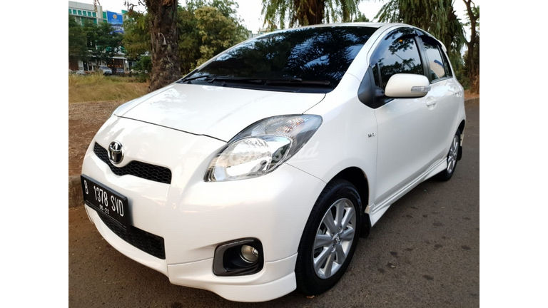 2012 Toyota Yaris S Limited AT - Terawat (preview-0)