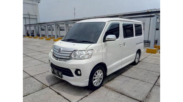 Jual Mobil Bekas 2015 Daihatsu Luxio X Jakarta Utara 00cj258 Garasi Id
