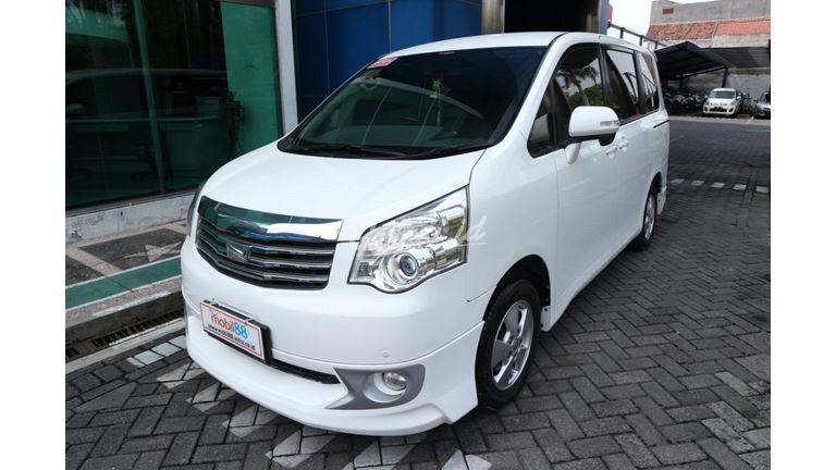 2013 Toyota Nav1 V lux - Murah Dapat Mobil Mewah (preview-0)