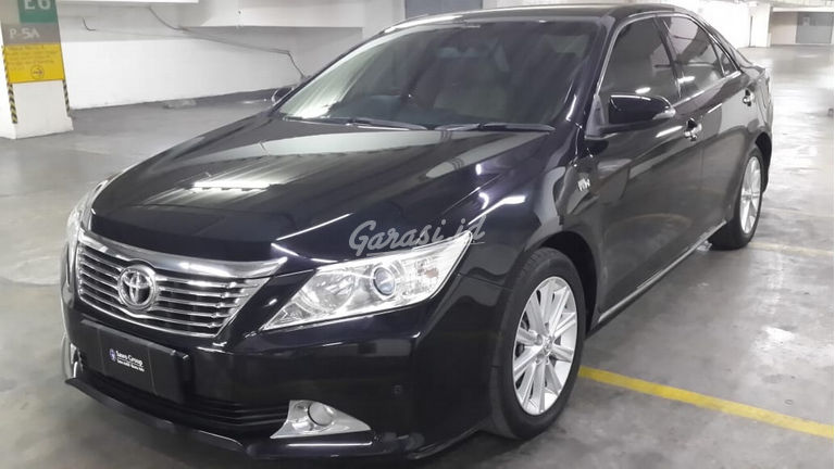 2013 Toyota Camry 2.5 V - Kondisi Mulus Tinggal Pakai (preview-0)
