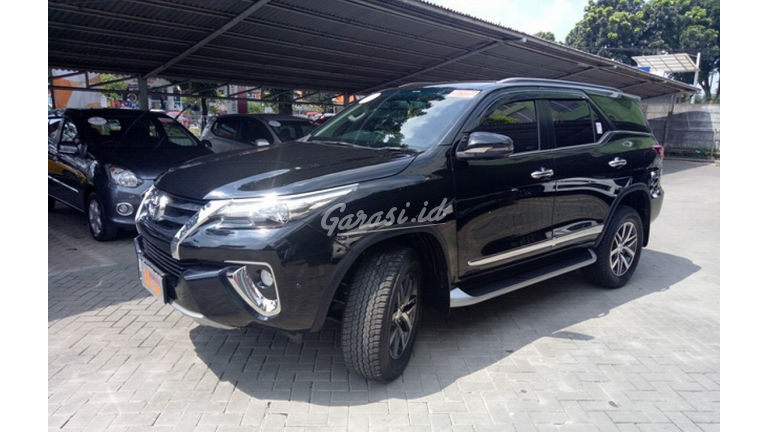 2018 Toyota Fortuner VRZ - Unit Istimewa (preview-0)