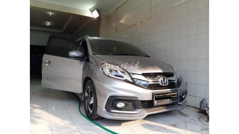 Jual Mobil Bekas 2016 Honda Mobilio Rs Surabaya 00dd722 Garasi Id