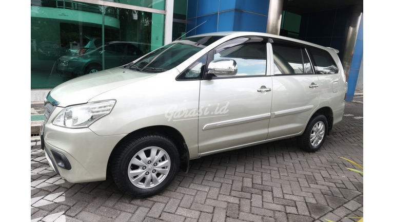 2013 Toyota Kijang Innova E - PROMO IMLEK (preview-0)