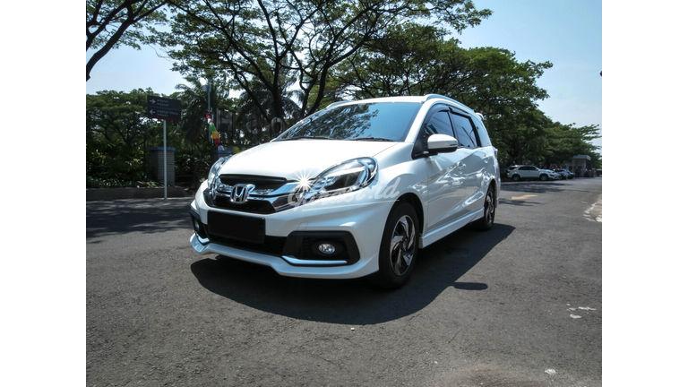 Jual Mobil Bekas 2016 Honda Mobilio Rs Kota Bekasi 00ca436 Garasi Id