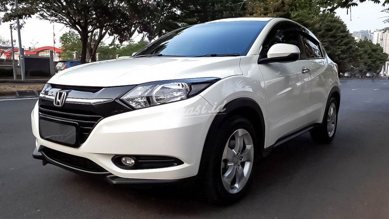 2016 Honda HR-V E CVT - Mobil Pilihan (preview-0)