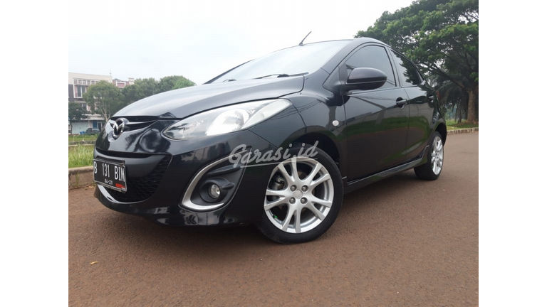 2010 Mazda 2 R - Kondisi Mulus Terawat (preview-0)