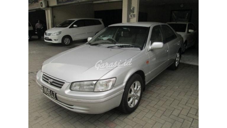Jual Mobil Bekas 2000 Toyota Camry Glx Kota Tangerang 00di120