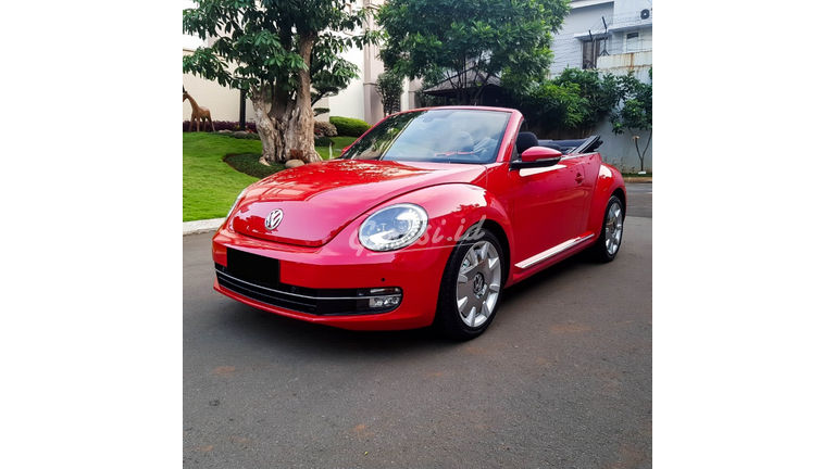 2013 Volkswagen Beetle - New Convertable - Mobil Pilihan (preview-0)