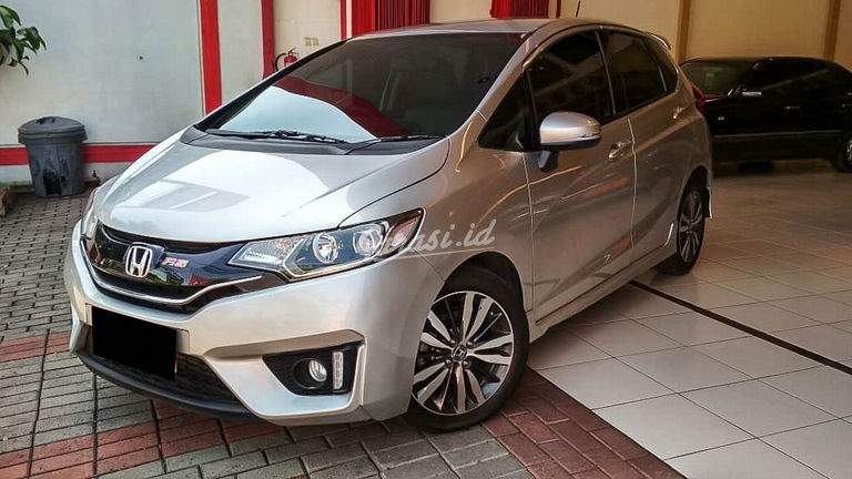 2015 Honda Jazz RS - Mobil Pilihan (preview-0)