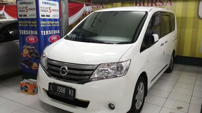 2013 Nissan Serena CT - Good Contition Like New (preview-0)