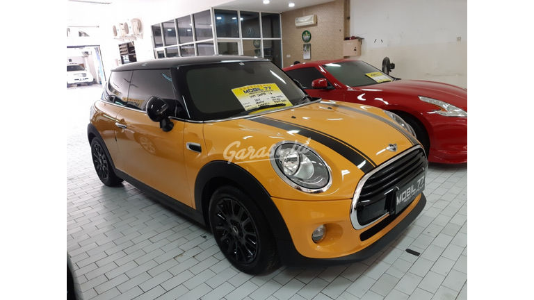 2017 MINI Cooper S 1.5 - Like new (preview-0)