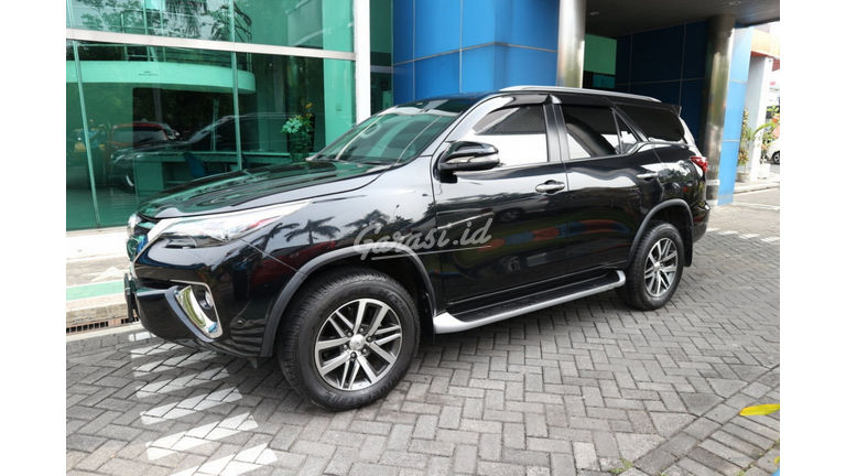 2017 Toyota Fortuner VRZ - Favorit Dan Istimewa (preview-0)