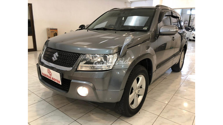 2010 Suzuki Grand Vitara JLX MT - Good Condition (preview-0)