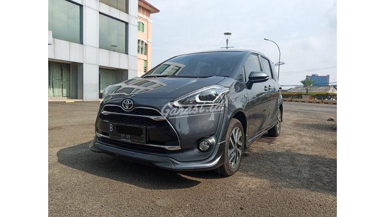 2017 Toyota Sienta Q AT - Terawat Siap Pakai (preview-0)