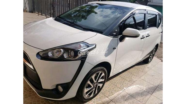 2017 Toyota Sienta V - Unit Siap Pakai (preview-0)