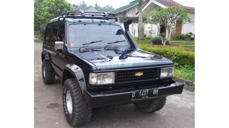Jual Mobil Bekas 1993 Chevrolet Trooper Highroof Ubs 16 Kota Bandung