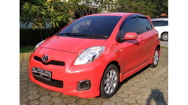 2013 Toyota Yaris E - Warna Favorit, Harga Terjangkau (preview-0)