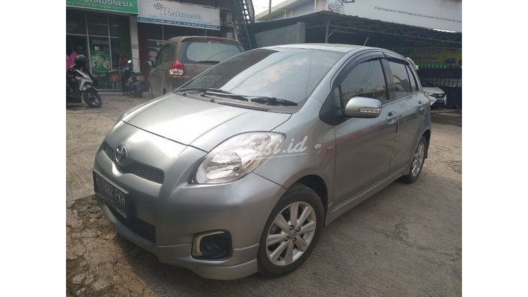 2012 Toyota Yaris e - Good Condition (preview-0)