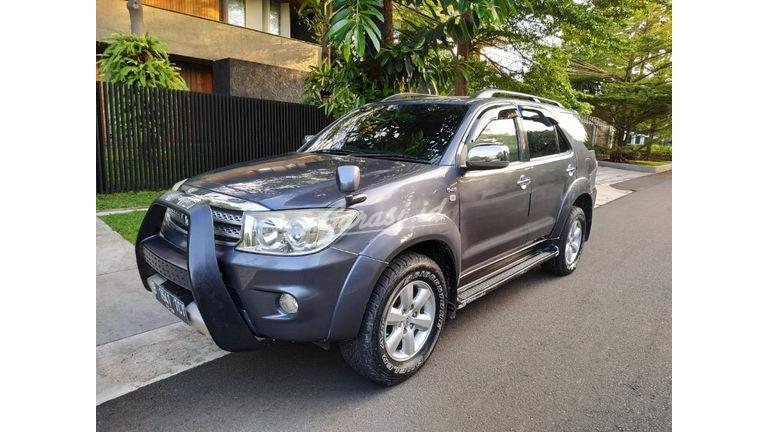 2009 Toyota Fortuner G - Barang Mulus Siap Pakai (preview-0)
