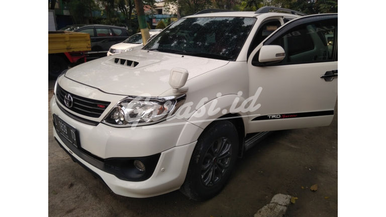 2014 Toyota Fortuner G AT - Istimewa (preview-0)