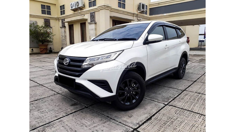 2018 Daihatsu Terios X Deluxe - Mobil Pilihan (preview-0)