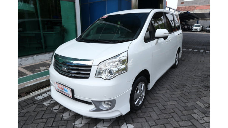 2013 Toyota Nav1 V lux - Terawat (preview-0)