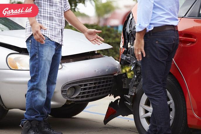 terlibat-kecelakaan-kendaraan-kamu-perlu-tahu-ini