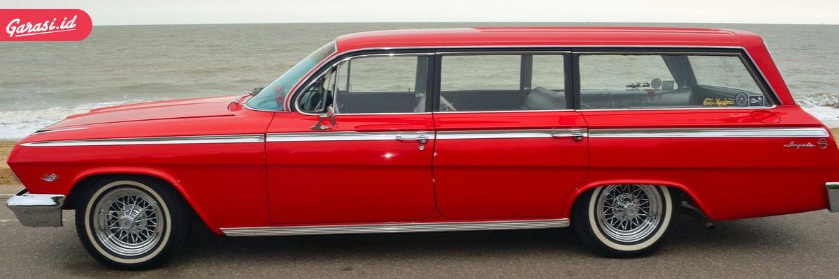 Mobil station wagon