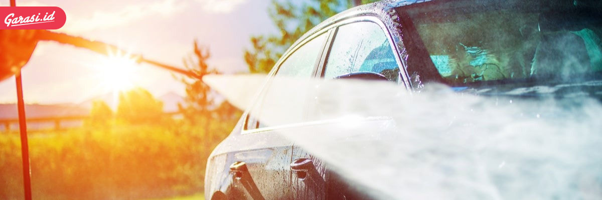 Mencuci mobil yang benar