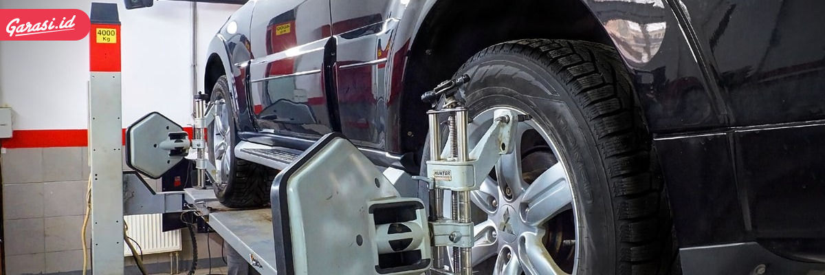 Spooring dan Balancing Mobil