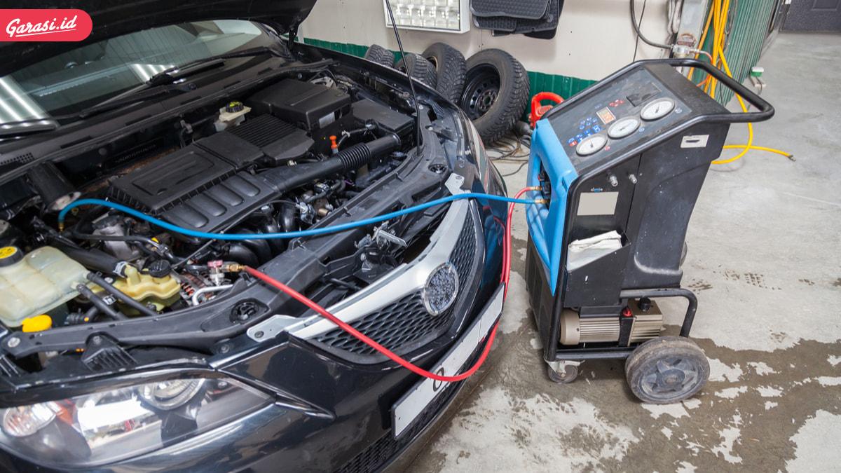 Isi Freon AC Mobil Jangan Asal, Perhatikan Kode Supaya Aman