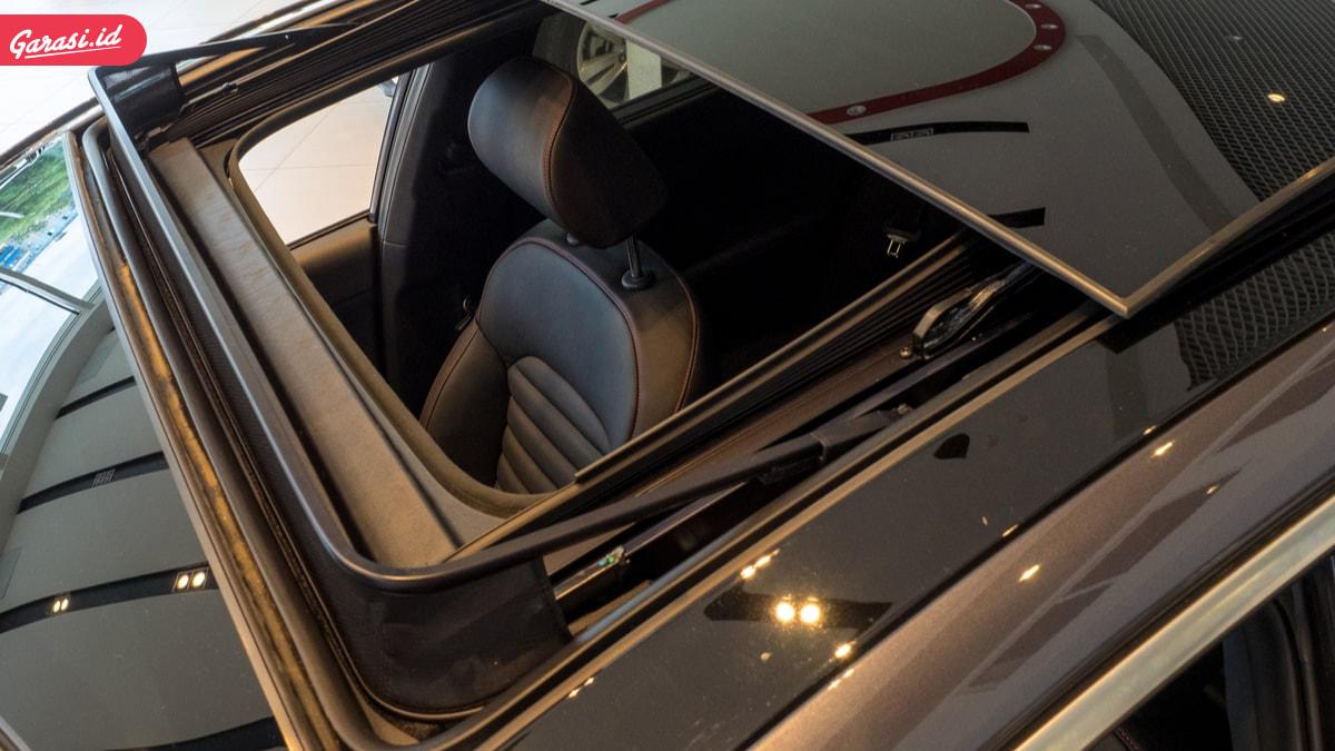 5 Mobil Pre-Owned Murah yang Memiliki Fitur Sunroof