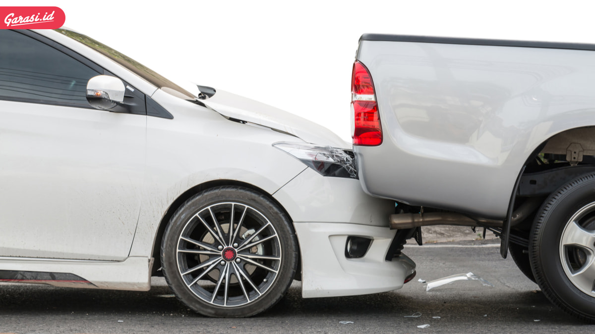Hindari Kecelakaan Berkendara, Coba Lakukan Ini