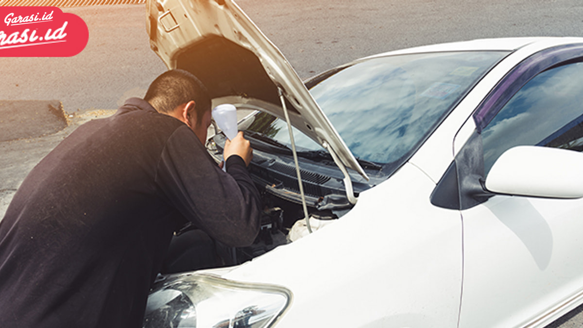 4 Faktor yang Membuat Mobil Turun Mesin
