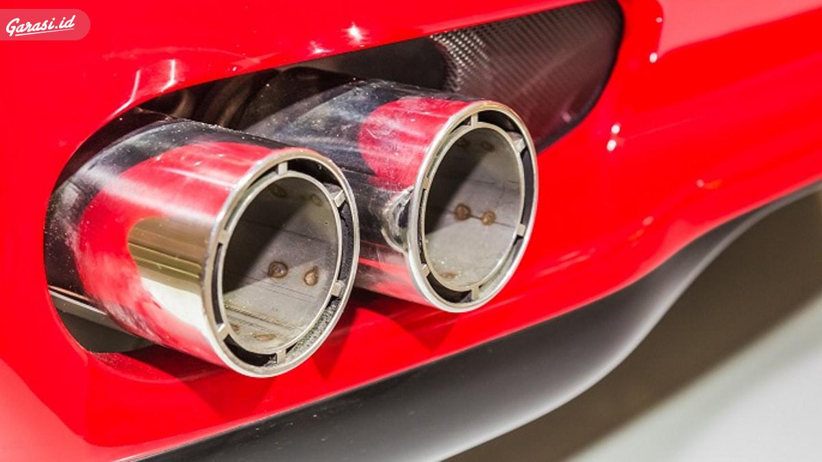 Waspada, Inilah Penyebab Bensin Mobil Tercampur Air