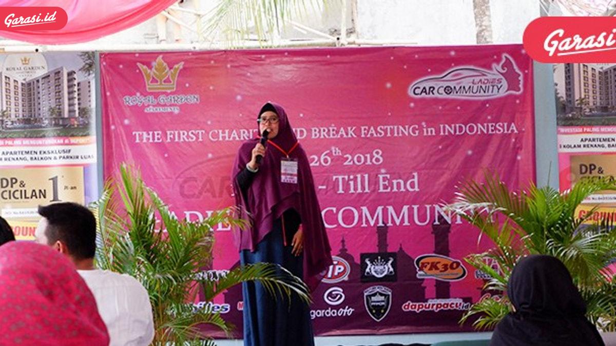 Garasi.id 'Ngabuburit' di Acara Charity Ladies Car Community