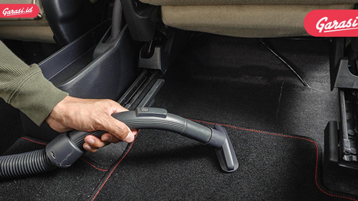 Ini Pemicu Bau Tak Sedap Di Dalam Mobil