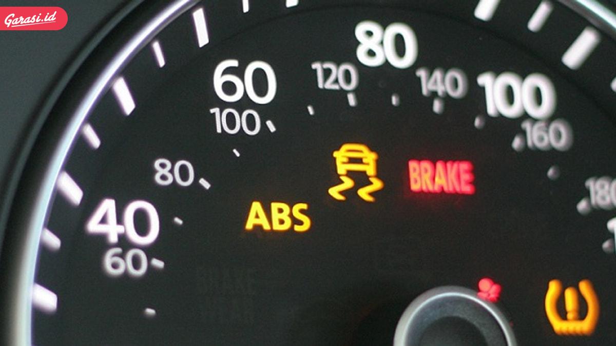 Wajib Paham! Ini 8 Fitur Keselamatan Mobil yang Harus Ada