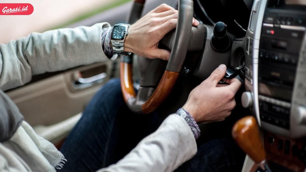 Mengganti Aki Basah Mobil dengan Aki Kering Mobil? Bolehkah?