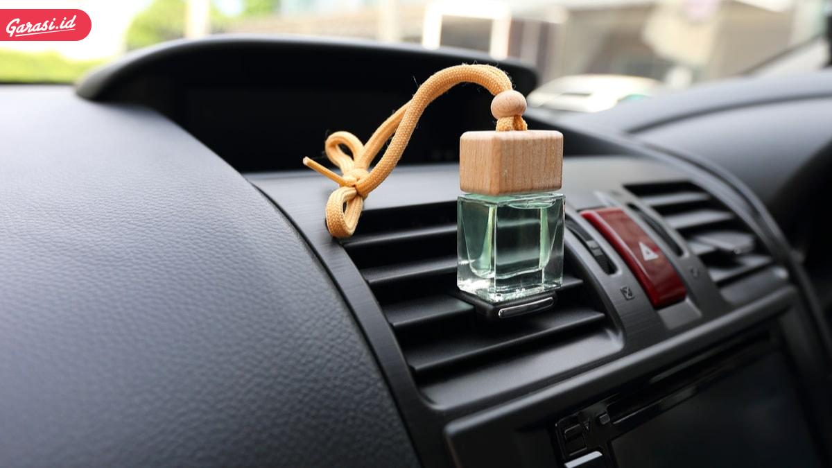 AC Mobil Sering Dingin dan Mengeluarkan Bau? Ini Tips Ampuh Merawat AC Mobil