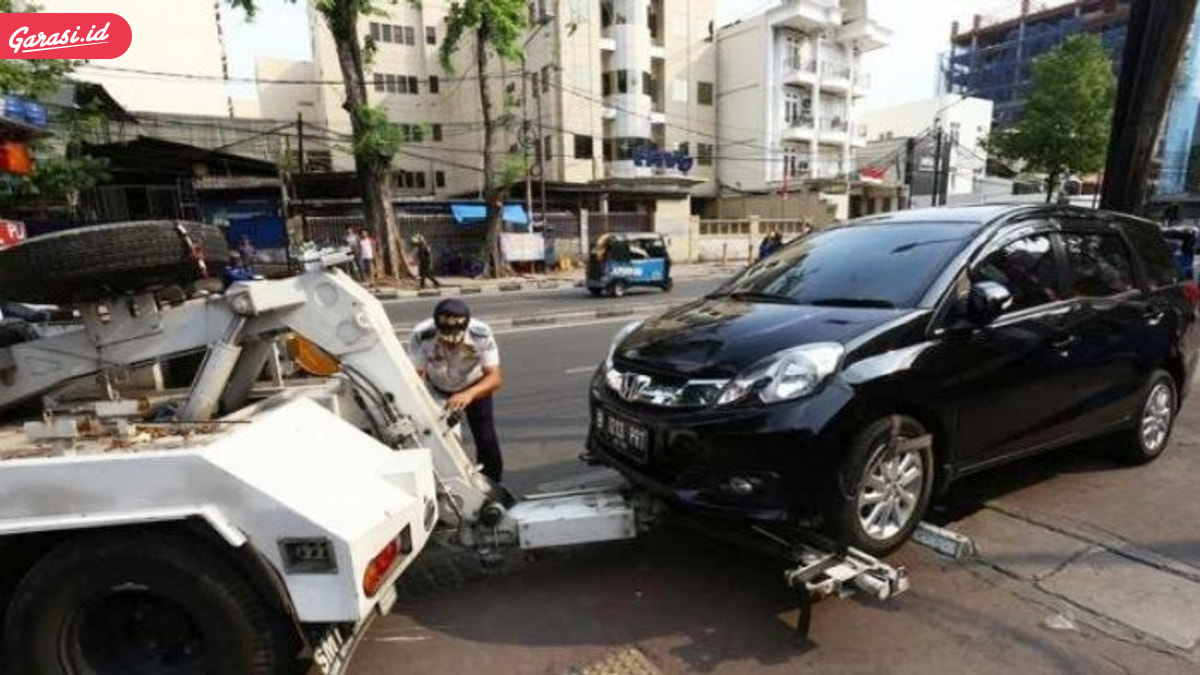 Beli Mobil Wajib Punya Garasi
