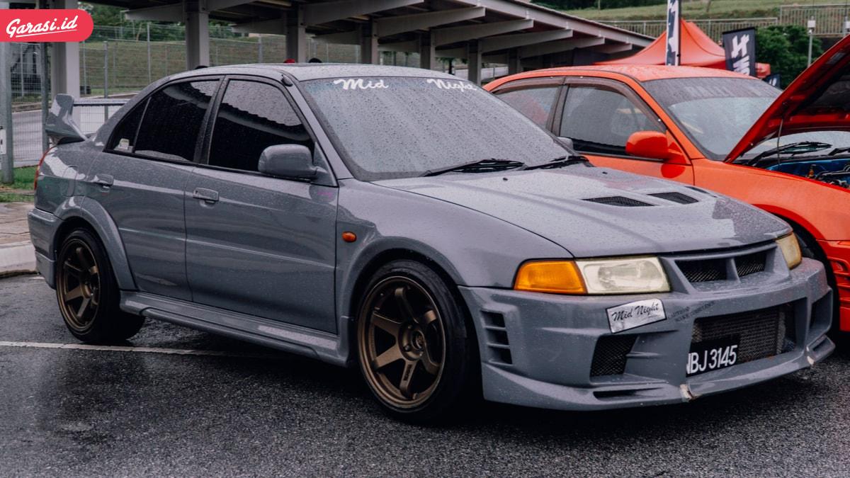 10 Daftar Mobil Hits di Era 1990-an yang Masih Banyak Dicari