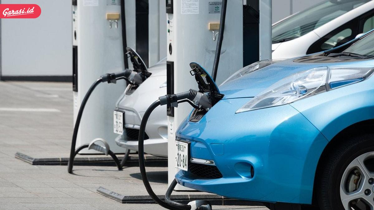 Banyak Mobil Listrik Dan Hybrid, Mobil Bekas Berbekal Bensin Dan Diesel Aman!