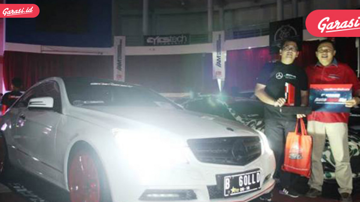 Dua Mobil Coupe ini Berjaya di Autovision Autolight-Up Balikpapan