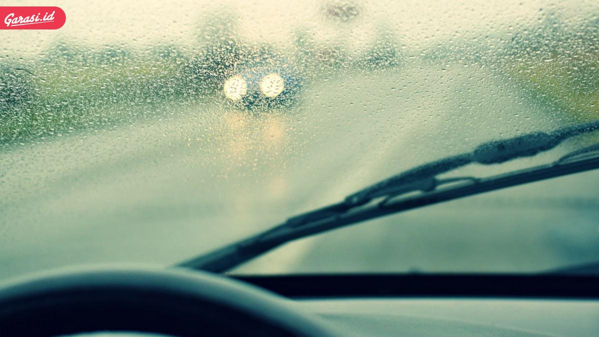5 Tips Jitu Merawat Mobil Saat Musim Hujan