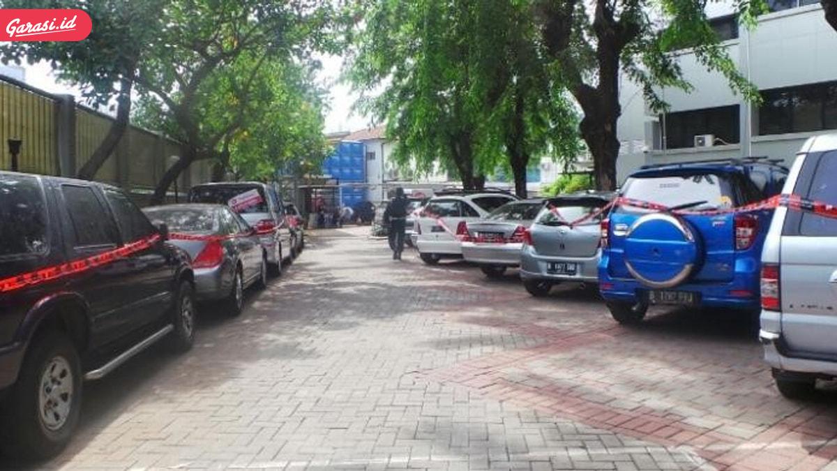 Besok KPK Lelang Mobil Harga Miring