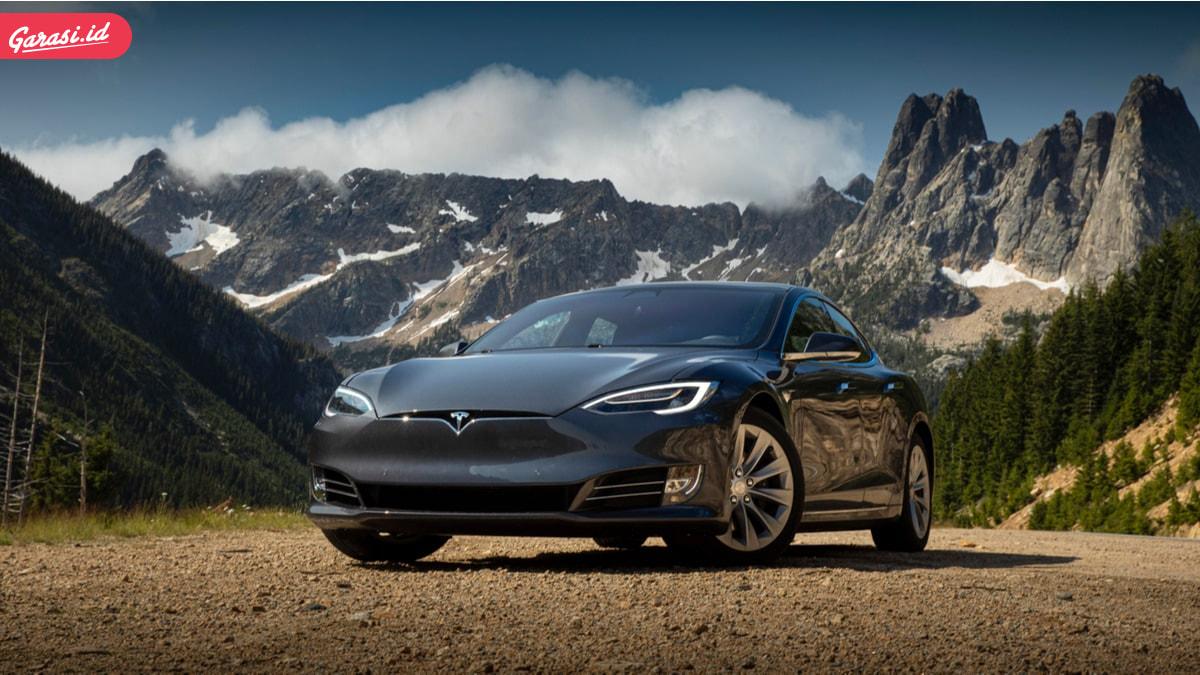 Viral Beli Mobil Tesla Online. Berikut 5 Tips Beli Mobil Bekas Online