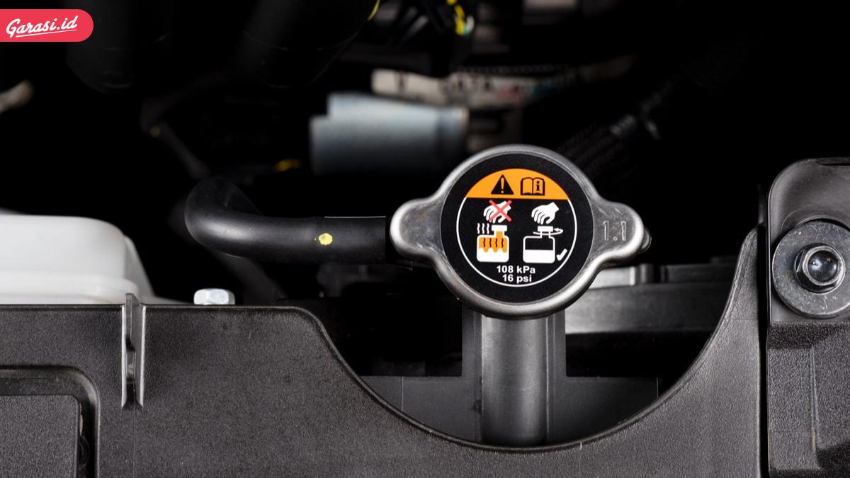 Sederet Penyebab Mesin Mobil Overheat dan Cara Menanggulanginya